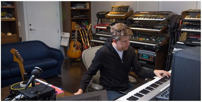 Greg Kurstin, producteur d'Egypt Station pour Paul Mc Cartney, 2018