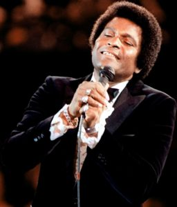 Le musicien country Charley Pride, en 1981 (photo Creative Common)